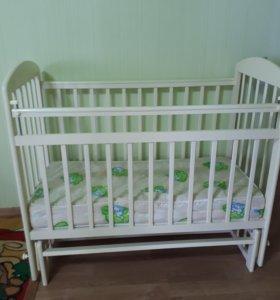 Кроватка -качалка детская