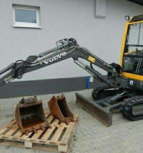 Мини-экскаватор Volvo ec 25