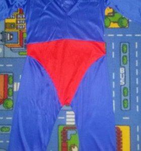 Продам костюм Супермэна на 7-9 лет.