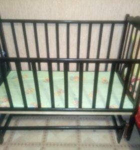 Детская кроватка+матрас. СРОЧНО