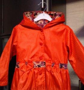 Куртка (плащик) на девочку