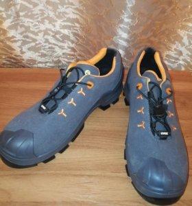 Защитные ботинки