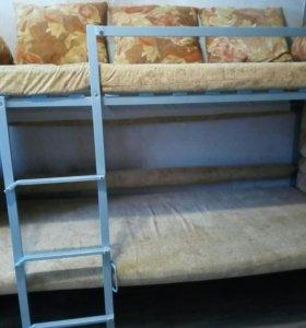 Кровать - диван.