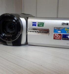 Цифровая видеокамера Sony (Carl Zeiss)