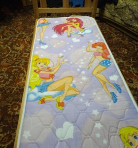 Детская кровать. С матрасом