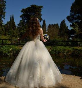 Продаётся свадебное платье !