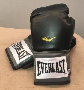 Перчатки для бокса НОВЫЕ женские
