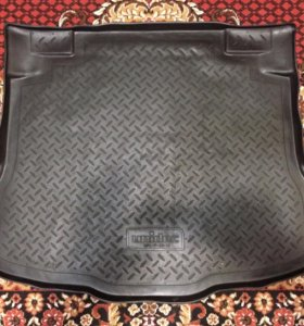 Коврик в багажник для Хонды CR-V 2007-2012 года.