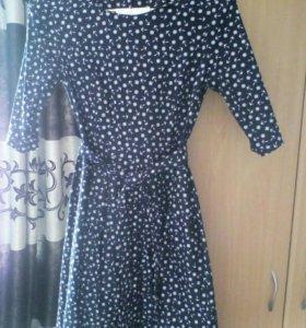 Платье размер 48 ну очень красивоеЖаль стало мало