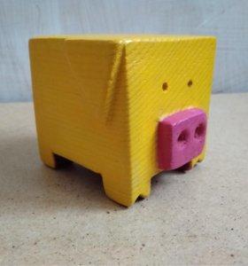 жёлтая кубо-свинка