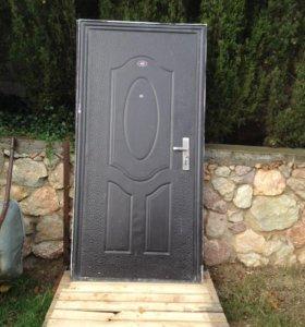 Продам входные двери.