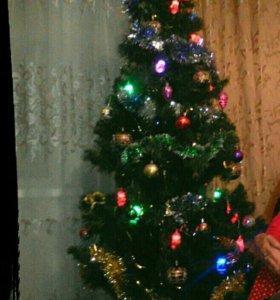 Ногодняя елка 210см