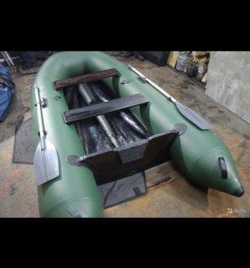 Лодка Dingo 32F