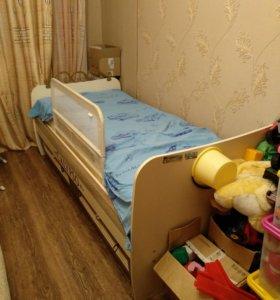 Кровать односпальная для ребенка