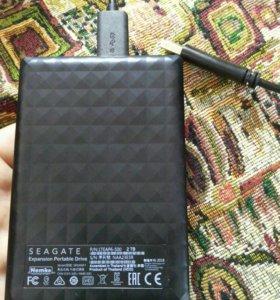 Внешний HDD Seage 2TB