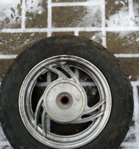 Колесо на скутер