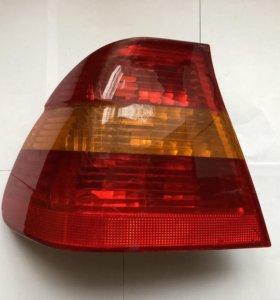 Задний левый внешний фонарь BMW e46!