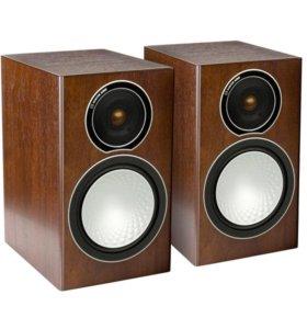 Полочные колонки Monitor Audio Silver 1 Walnut