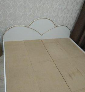 кровать 1600*2000 без матраса
