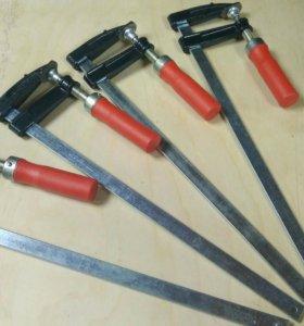 4 струбцины 300 мм и 1 угловая