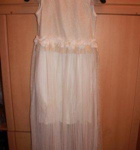 Платье нарядное, 9 лет,134 рост