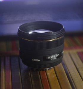 Sigma 50mm f/1.4 EX DG Nikon