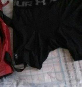 Тайтсы и шорты