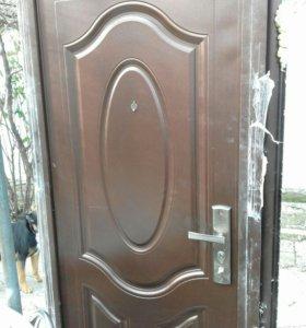 Дверь б/у.