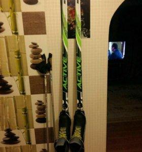 Лыжи, ботинки, лыжные палки