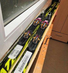 Беговые лыжи с креплениями
