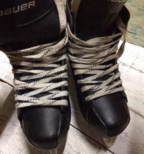 Хоккейные Коньки BAUER 41-42 размер
