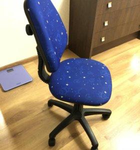 Компьютерный стул детский