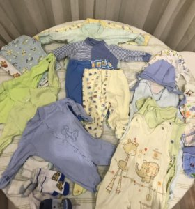 Большой набор ( пакет) одежды для новорожденного