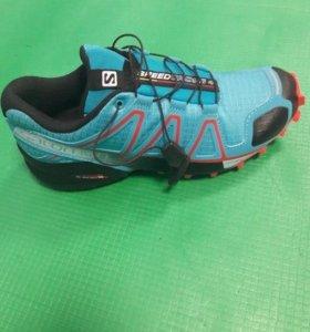 Беговые кроссовки Саломон 37,5 размер