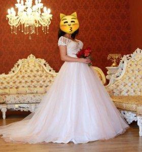 Продам красивейшее свадебное платье!