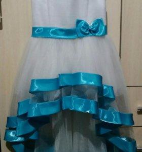 Платье для девочки. Р—р 34.