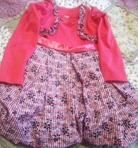 Платье на 2,5-3г
