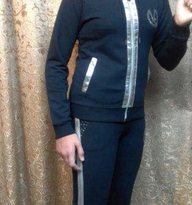 костюм спортивный на девочку 9-12 лет