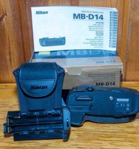 Батарейный блок (ручка) MB-D14