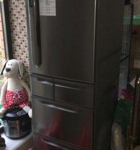 Японский холодильник Toshiba GR-L40R