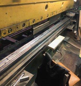 Пресс листогибочный кривошипный ив 1330