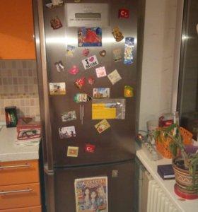 холодильник AEG Elecrolux