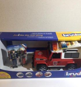 Пожарный автомобиль Bruder внедорожник Land Rover