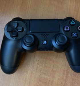 Геймпад PlayStation DualShock 4 черный