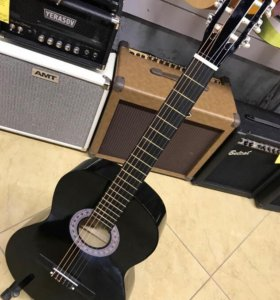 Классическая гитара новая!
