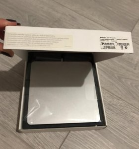 Apple SuperDrive (USB DVD-привод) А1379