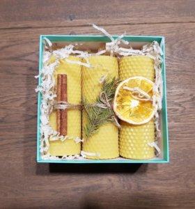 Подарочный набор. Свечи из вощины в подарочной упа