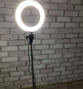 Круговая лампа