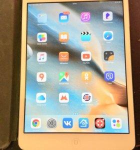 iPad mini wi fi 3g 16 gb (сим карта)