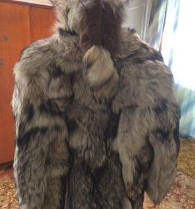 Шуба из меха полярного волка